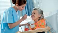 ¿Por qué no legalizar la eutanasia? Razones de los médicos para impulsar los cuidados paliativos
