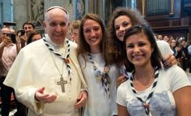 El Papa abre horizontes a los jóvenes